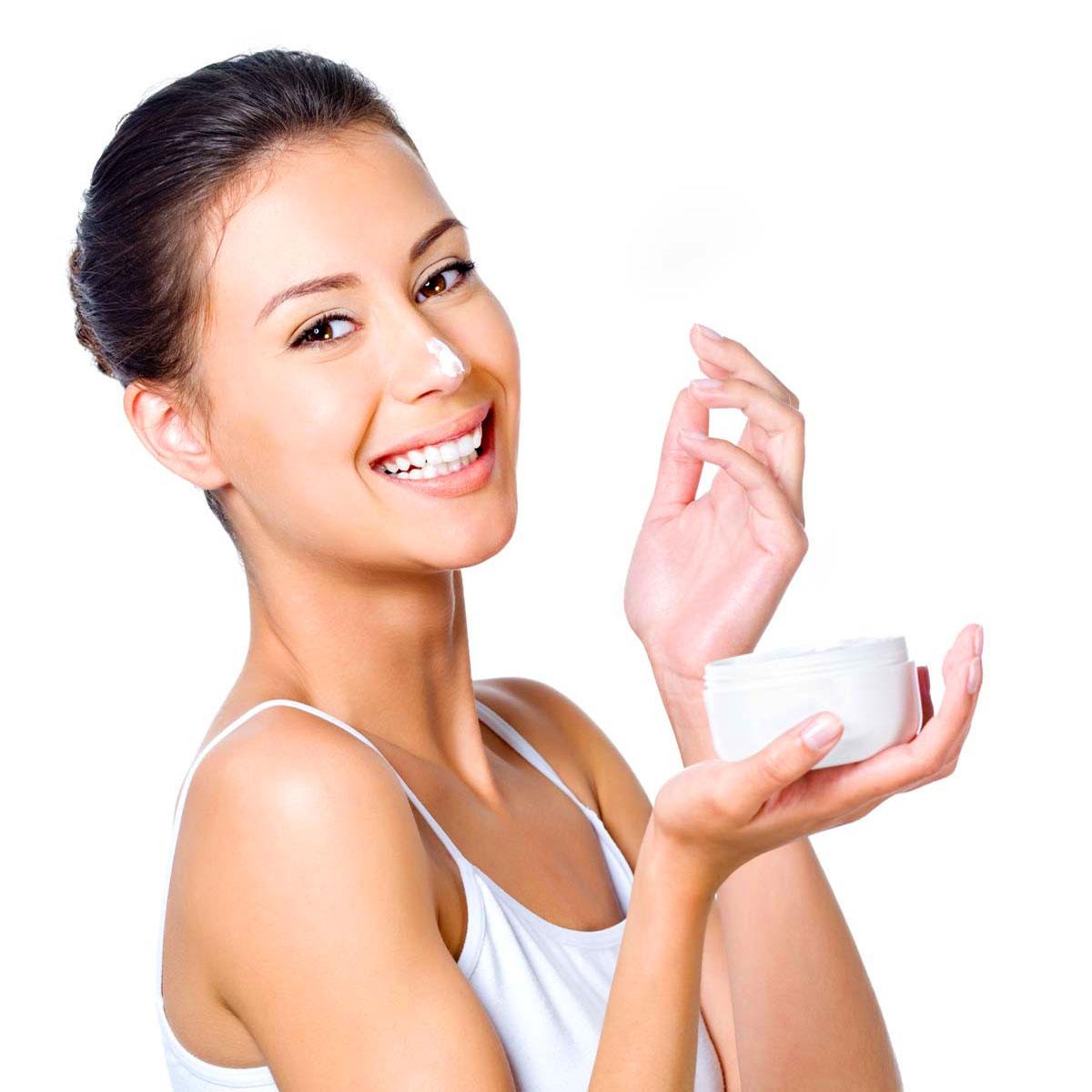 Женские Хитрости: Как правильно наносить крем?