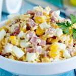 Салат с колбасой «Ежик»