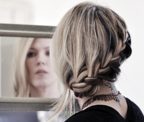 Как правильно заплетать косы? +Фото