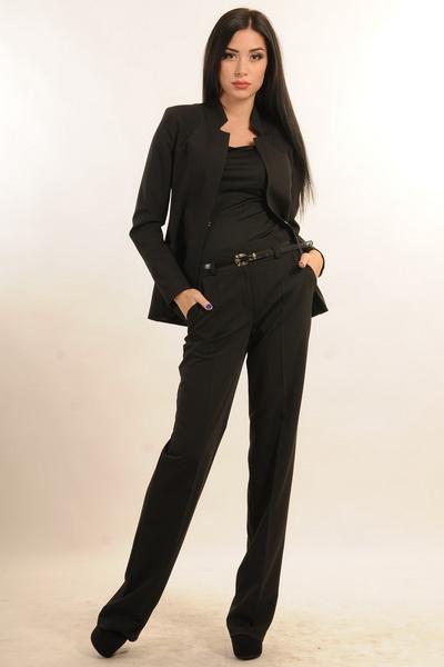 Женские Хитрости: Что такое и что входит в базовый гардероб?