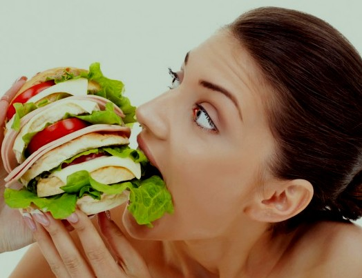Женские хитрости: Как снизить аппетит без диет и голодания?