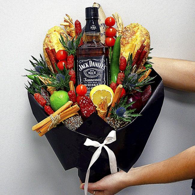Когда и какие можно дарить цветы мужчине?
