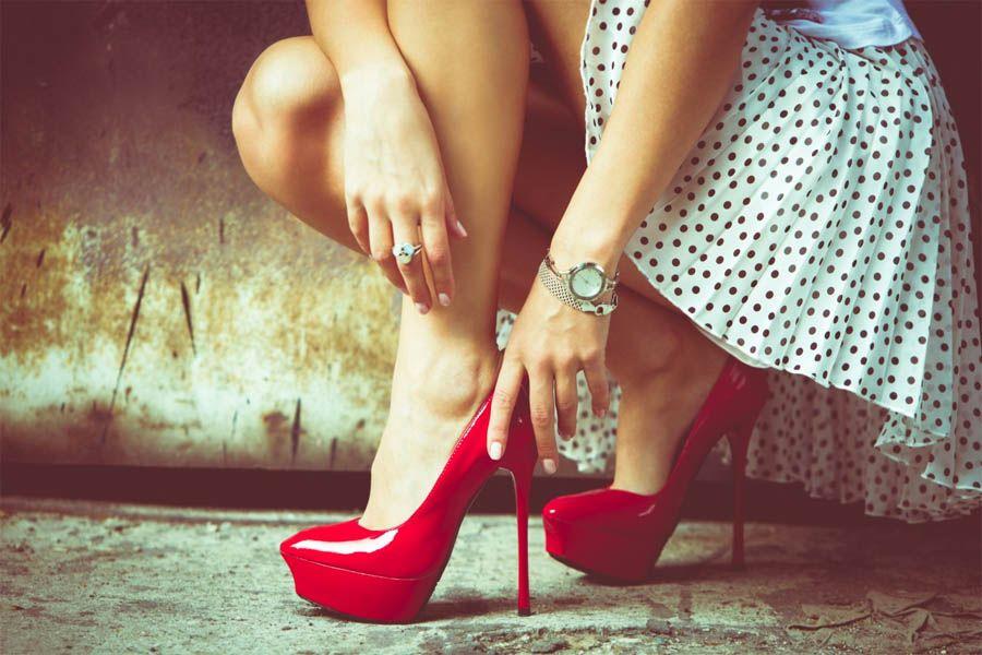 Женские Хитрости: Как ходить на каблуках и не уставать?