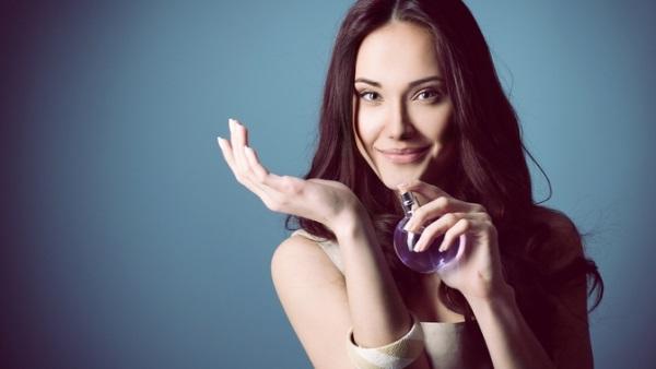 Женские хитрости: Выбираем духи