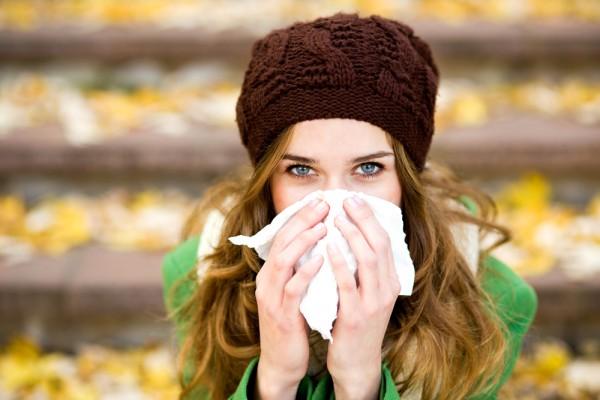 Макияж при простуде: Скрываем круги, припухлость и красноту (Видео)