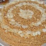 Домашний медовый торт с орехами Видео