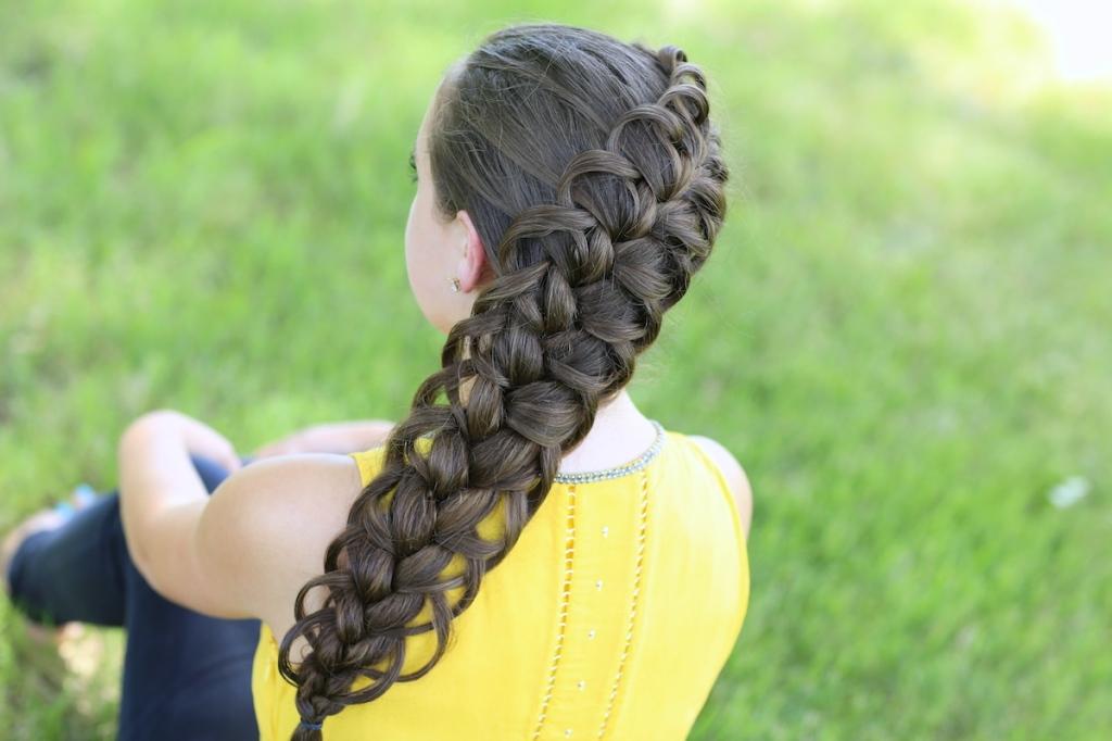Обратная французская коса по диагонали
