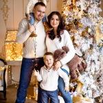 В чем встречать дома Новый год 2021: Идеи для всей семьи Фото