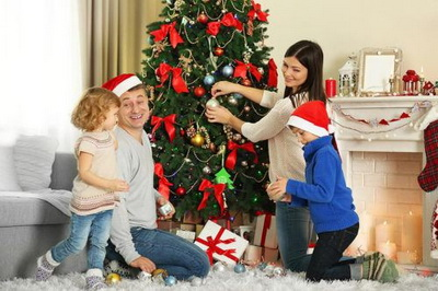 Holiday-Decorating-10-Dos-Donts-That-May-Help-Prevent-Fire-5527-01181c41f9-1482343351-500x333