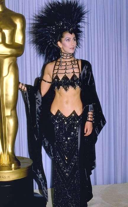 15 Экстравагантных нарядов за всю историю премии «Оскар»