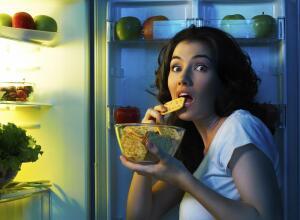 Как перестать есть на ночь?