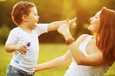 10 Вещей, которым должна научить каждая мама своего ребенка