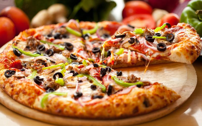 Бездрожжевая домашняя пицца за 30 минут! (Видео)