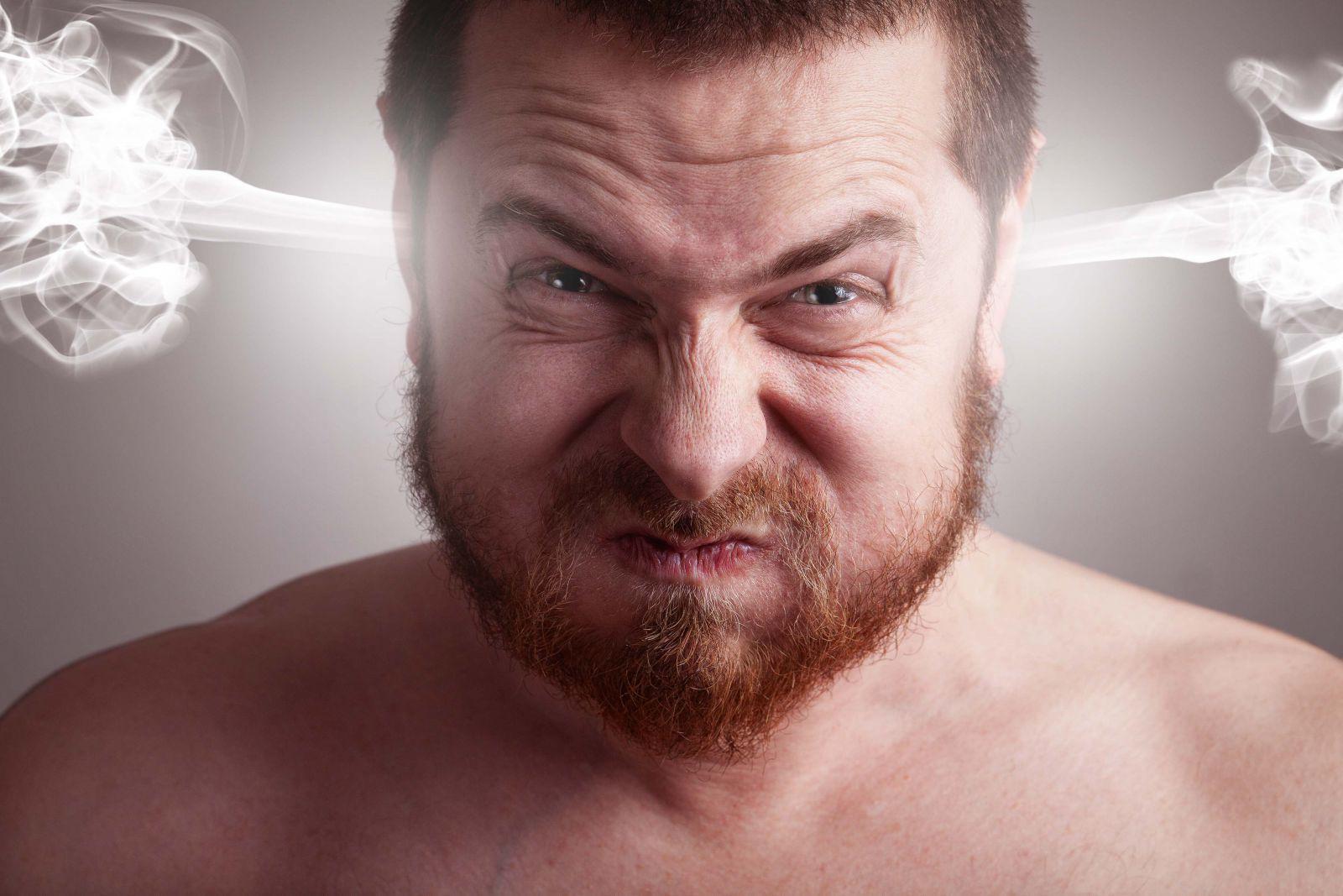 Топ-5: Что раздражают мужчин в женщинах?